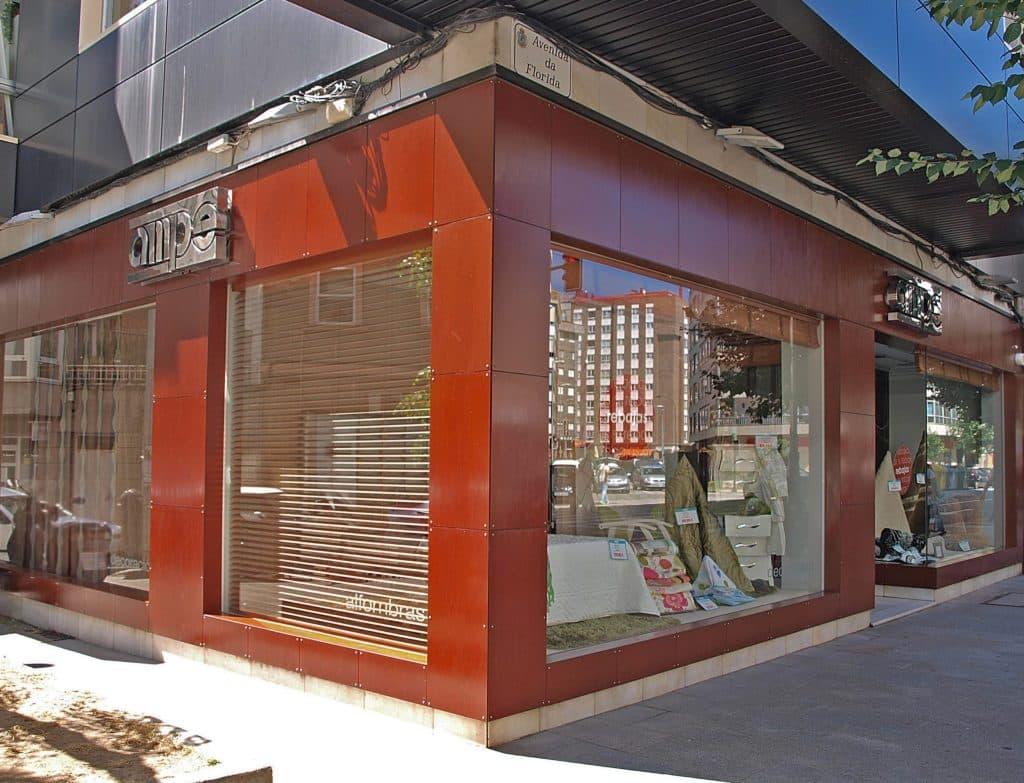 Exterior de tienda de decoración Ampe Vigo