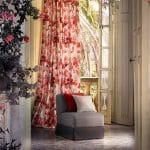Cortinas de flores roja y blanca de proyecto de interiorismo de Ampe